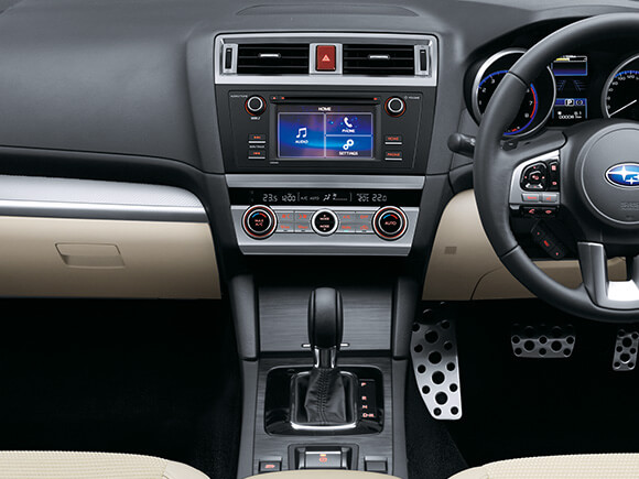 Subaru Liberty 2.5i Infotainment